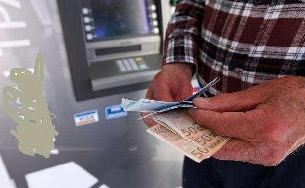 Στο όριο της φτώχειας ζει ένας στους τρεις Έλληνες