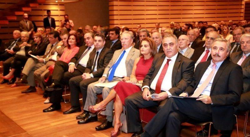 Φωτορεπορτάζ της εκδήλωσης βράβευσης επιχειρήσεων από το ΕΕΑ