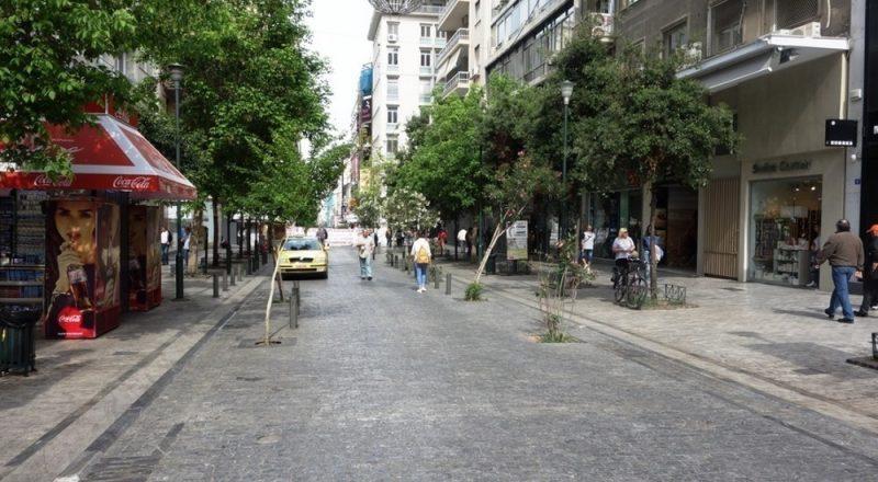 Αδ. Γεωργιάδης: Δεν συζητάμε ανοιχτά καταστήματα όλες τις Κυριακές