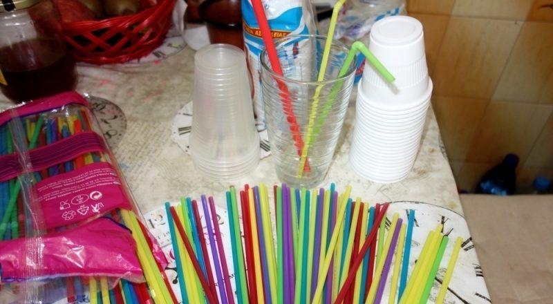 Η Ελλάδα πρωτοπορεί στην απόσυρση  των πλαστικών μίας χρήσης –παρουσιάστηκε το νομοσχέδιο – κίνητρα και κυρώσεις