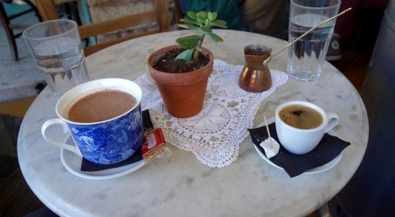Έλεγχοι της Οικονομικής Αστυνομίας σε καφέ