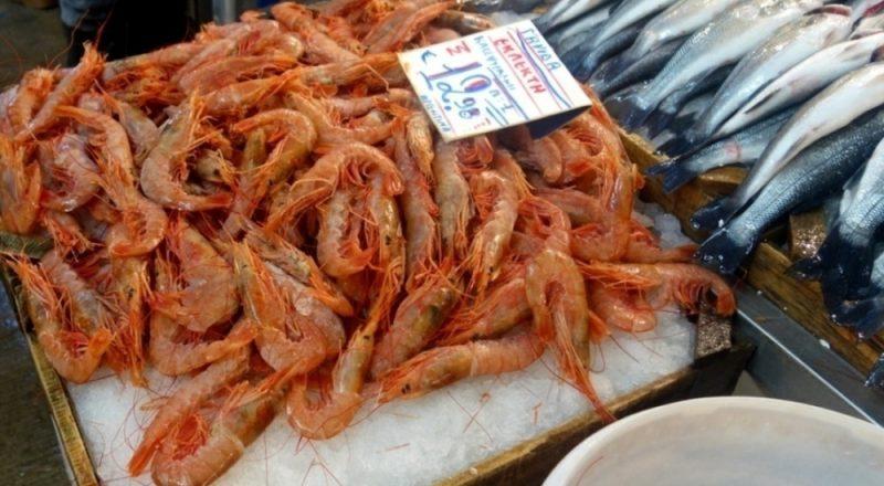Ενδείξεις επί των πινακίδων λιανικής πώλησης προϊόντων αλιείας