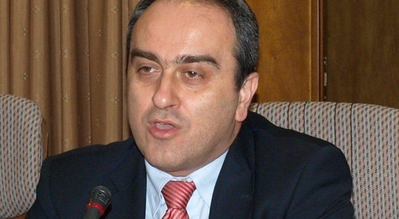 Θετική η δήλωση Σκορδά για τις εγγραφές στα επιμελητήρια