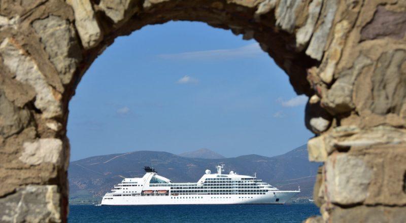 ΙΝΣΕΤΕ: 23,4 δισ. ευρώ ήταν η άμεση συμβολή του τουρισμού στην οικονομία το 2019