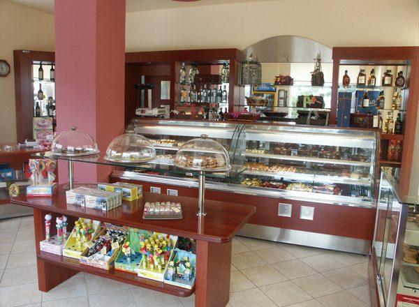 ICAP: Πτωτικά ζαχαροπλαστεία και φούρνοι το 2012