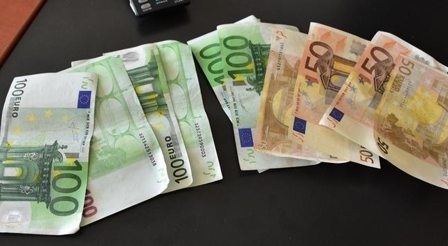 Πλεόνασμα; Επιστροφές φόρων 1,8 δισ. χρωστάει το Δημόσιο