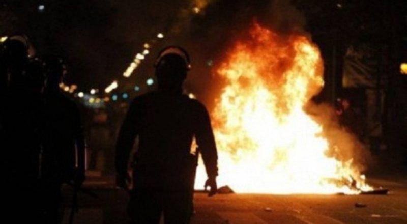 Σοβαρά επεισόδια μεταξύ αντεξουσιαστών και της Χρυσής Αυγής στην Πάτρα