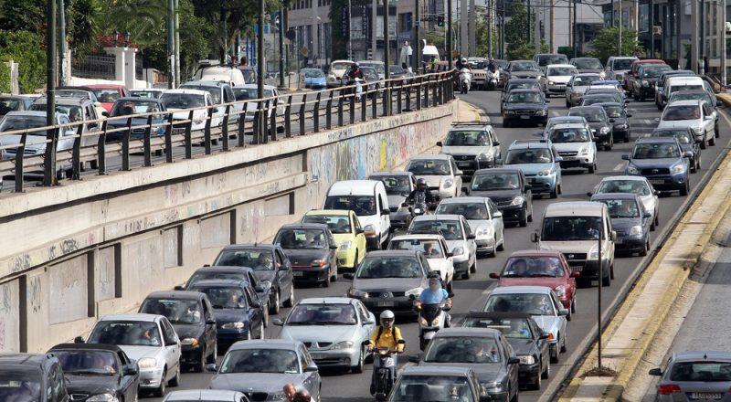 Ο μέσος όρος ηλικίας των ελληνικών αυτοκινήτων και ο ρόλος των εισαγόμενων μεταχειρισμένων