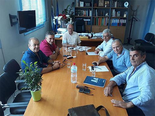 Συνάντηση Ν. Κογιουμτσή με τον Δήμαρχο Θήρας & τοπικούς φορείς