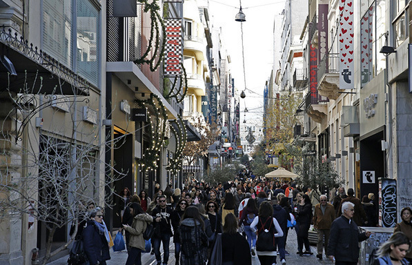 Τζίρος εορτών: Σε χαμηλότερα επίπεδα για τις μισές επιχειρήσεις-Ποιοι κλάδοι επλήγησαν περισσότερο