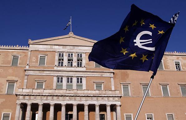 Επεκτείνεται κατά έξι μήνες η ενισχυμένη εποπτεία για την Ελλάδα