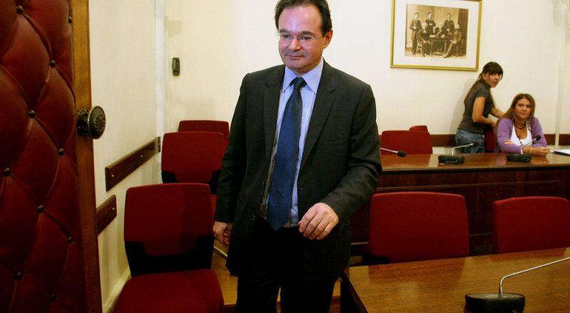 «Δεν αλλοίωσα τη λίστα», υποστήριξε ο κ. Παπακωνσταντίνου