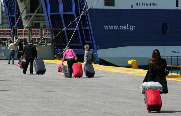 Αυξάνεται ο επιτρεπόμενος αριθμός επιβατών στα πλοία