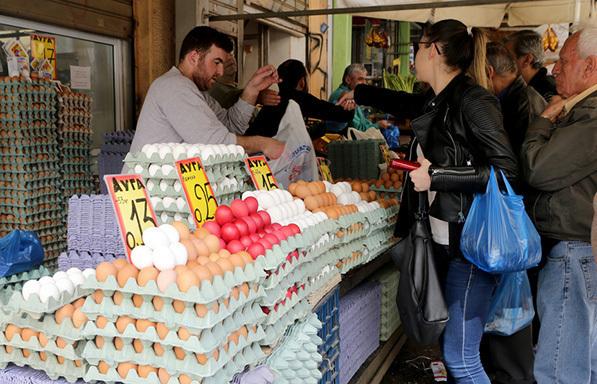 Έλεγχοι του ΕΦΕΤ και οδηγίες προς τους καταναλωτές για τα ψώνια του Πάσχα