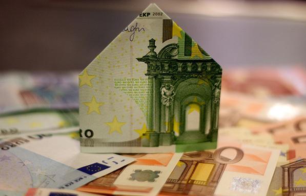 Ελληνική Ένωση Τραπεζών: Παράταση στα μέτρα στήριξης επιχειρήσεων και ιδιωτών-Διευκολύνσεις στην πληρωμή δόσεων δανείων έως 31/12