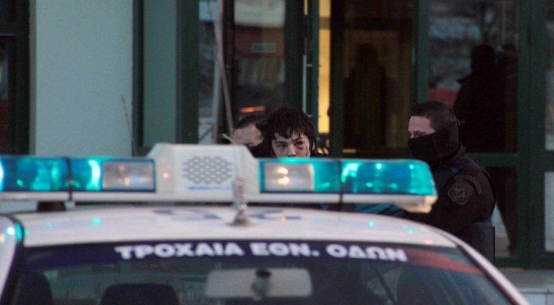 Οδηγίες για κατασκευή βομβών και κατάλογοι σε γιάφκα στα Τουρκοβούνια