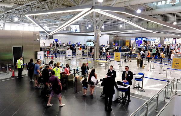 Τουρισμός: Αύξηση ταξιδιωτικής κίνησης και εισπράξεων στο 5μηνο