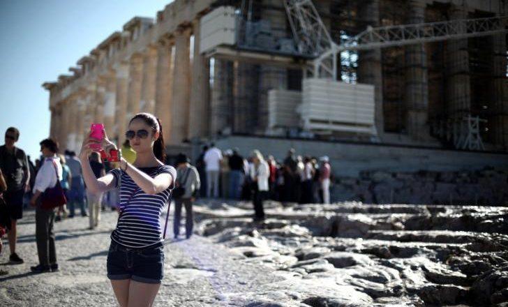 Τουρισμός και ναυτιλία  οι κλάδοι που απογειώθηκαν στην Ελλάδα