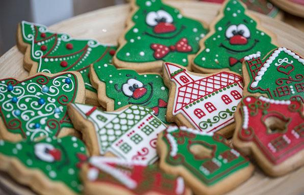 «Αλλιώτικα Χριστούγεννα», με τις οικογένειες και…