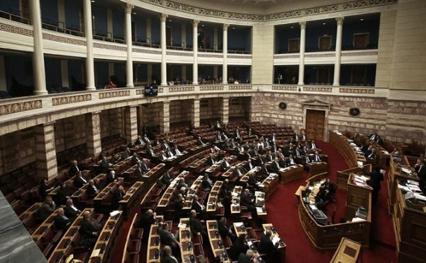 Κατατέθηκε το νομοσχέδιο για τη μη περικοπή των συντάξεων