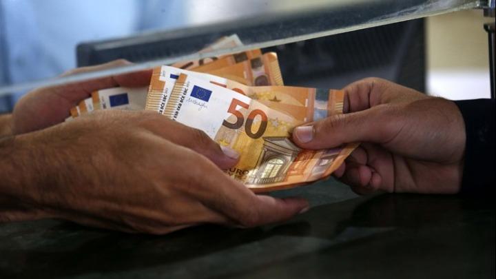Σημάδια ανάκαμψης στις χορηγήσεις δανείων