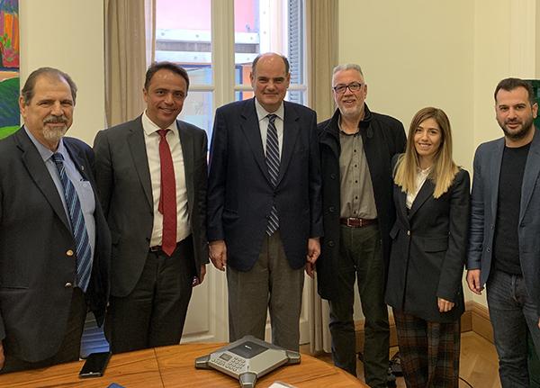Συνάντηση Πανελλήνιας Ομοσπονδίας Εκπαιδευτών Οδήγησης με τον Θ. Φορτσάκη