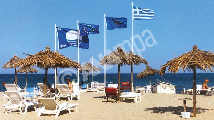 Δεύτερη στον κόσμο η Ελλάδα σε γαλάζιες σημαίες