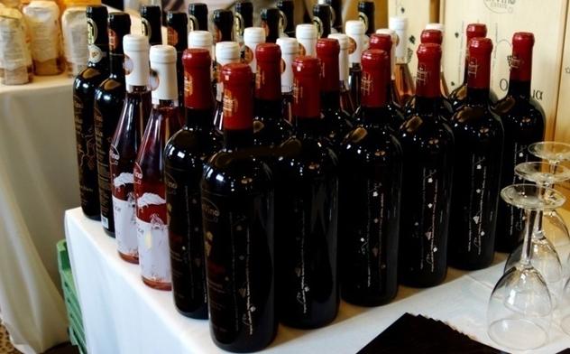 Παράταση στην καταβολή ειδικού φόρου κατανάλωσης, ΦΠΑ και λοιπών επιβαρύνσεων για τα αλκοολούχα