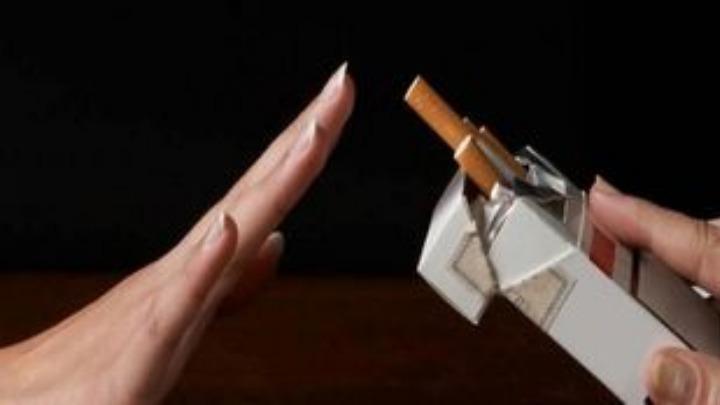 Απαγόρευση καπνίσματος και στις παιδικές χαρές