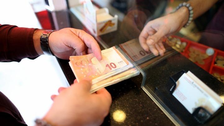 Η Κομισιόν ενέκρινε επιστρεπτέες προκαταβολές ύψους έως 2 δισ. ευρώ