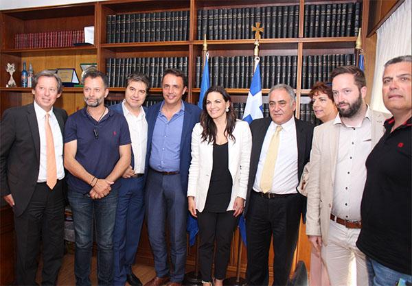 Επίσκεψη της Όλγας Κεφαλογιάννη στο Ε.Ε.Α.