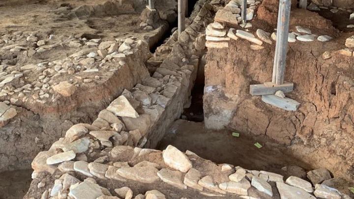 Αποκάλυψη προϊστορικού οικισμού στην Κουτρουλού Μαγούλας