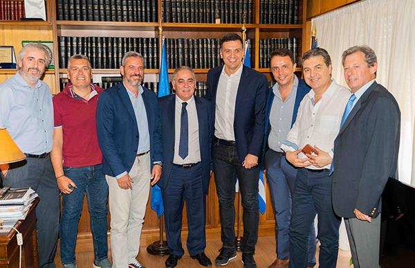 Ο υποψήφιος βουλευτής Α' Αθηνών Β. Κικίλιας στο Ε.Ε.Α.