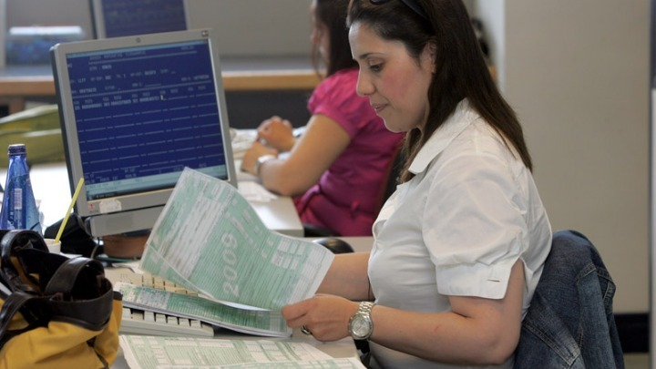 Στην τελική ευθεία οι Φορολογικές δηλώσεις – Αντίστροφη μέτρηση για την πληρωμή δόσεων