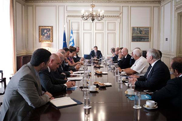 Συνάντηση του Πρωθυπουργού με τους κοινωνικούς εταίρους