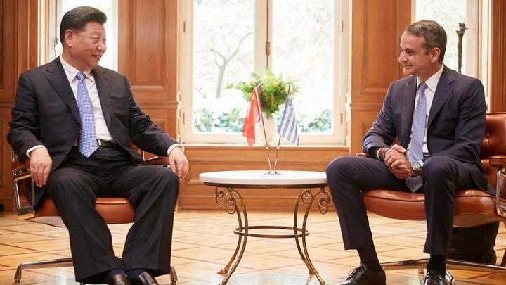 Οι 16 συμφωνίες Ελλάδος – Κίνας που υπογράφηκαν στις συνομιλίες Μητσοτάκη-Τζινπίνγκ