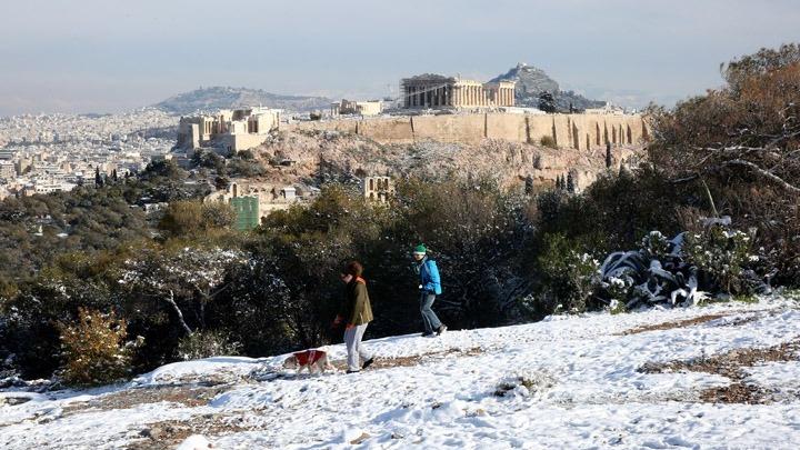 Χιονοπτώσεις και στην Αττική φέρνει ο «Ηφαιστίων» την Κυριακή και τα Θεοφάνεια