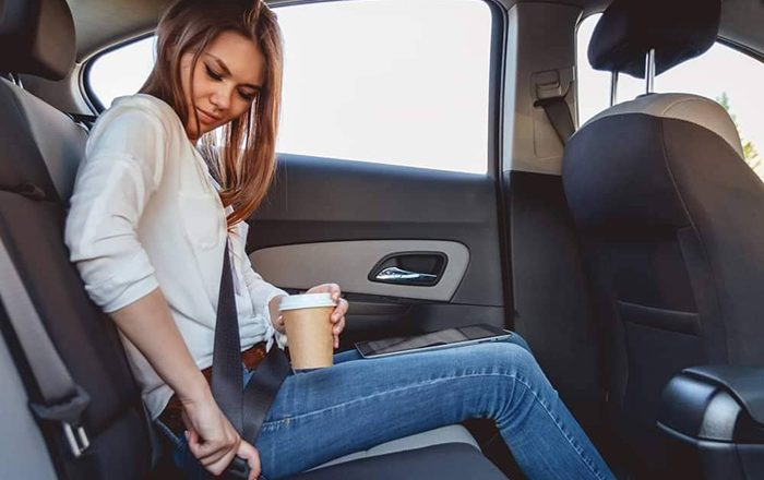 Η σημασία της ζώνης ασφαλείας στα πίσω καθίσματα