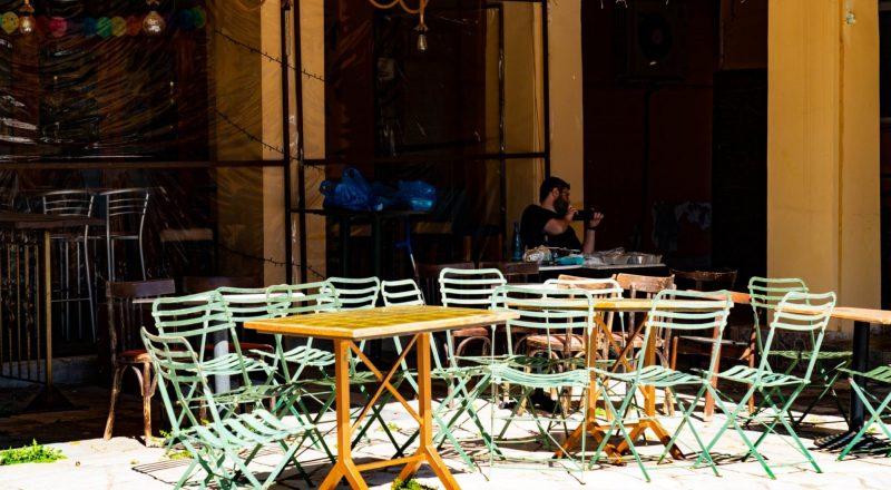 Καταργείται το όριο των 6 ατόμων ανά τραπέζι στους χώρους εστίασης