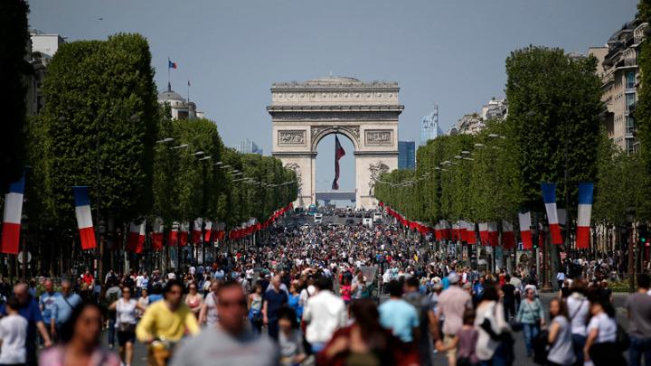 Ο ευρωπαϊκός τουριστικός τομέας έχασε «δύο εκατ. διανυκτερεύσεις» σε ξενοδοχεία από τον Ιανουάριο