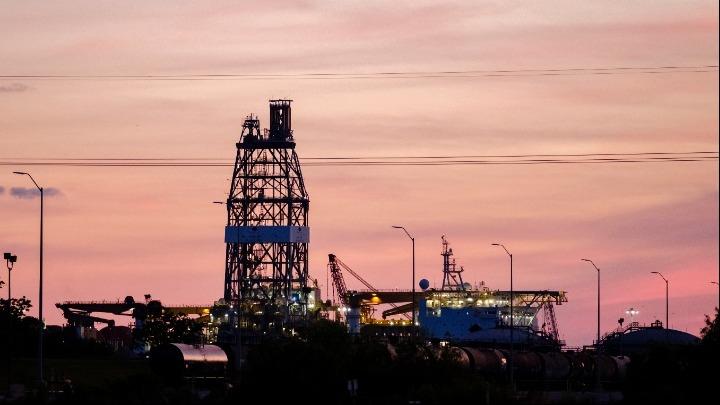 Ξαφνικά κρίση πετρελαίου!