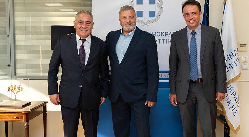 Με παρέμβαση του Ε.Ε.Α. η Περιφέρεια Αττικής δίνει λύση στο πρόβλημα των θεωρητικών εξετάσεων των υποψήφιων οδηγών
