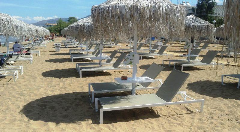 Κατακόρυφη η πτώση των τουριστικών αφίξεων και εισπράξεων