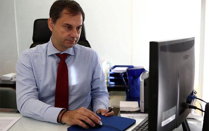 Σήμερα 25/5 η τηλεδιάσκεψη του Ε.Ε.Α. με τη συμμετοχή του Υπουργού Τουρισμού Χάρη Θεοχάρη – Μετάδοση μέσω live streaming