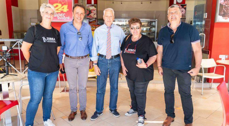 ΕΕΑ: Διανομή υγειονομικού υλικού σε Αρτέμιδα – Μάτι. Τα προβλήματα των επαγγελματιών της περιοχής