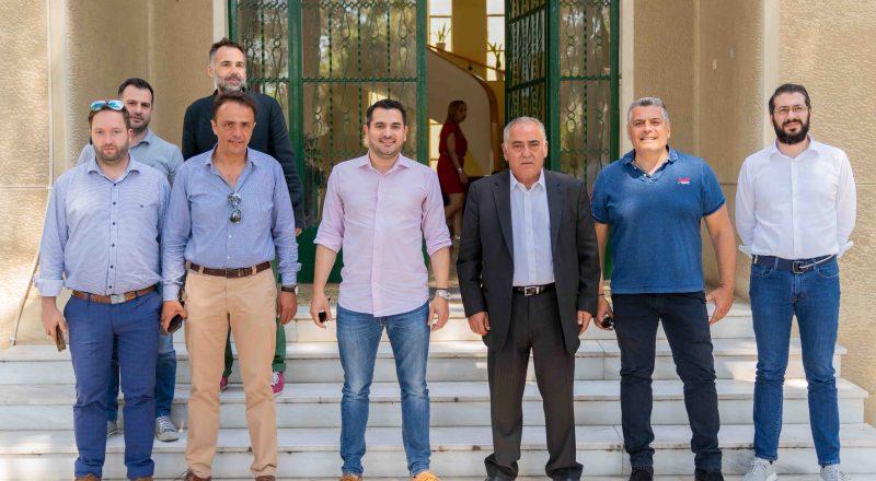 ΕΕΑ: Διανομή υγειονομικού υλικού στους Δήμους Αγ. Αναργύρων, Ιλίου και Χαϊδαρίου