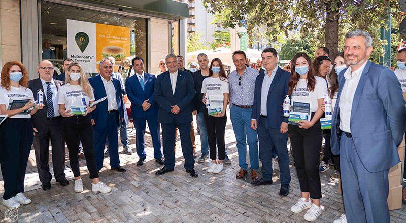 Βίντεο με τις περιοδείες του ΕΕΑ σε δήμους της Αττικής για διανομή μασκών και αντισηπτικών σε καταστήματα