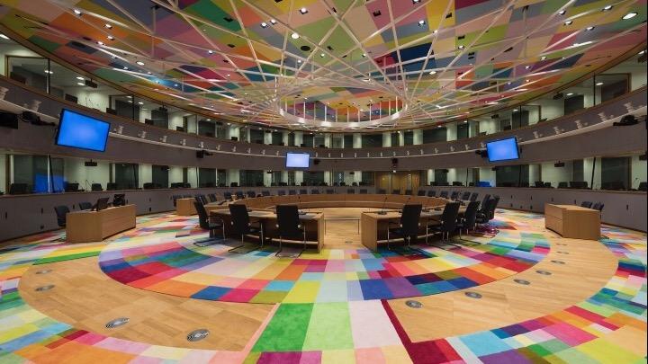 Με θέμα την κατάσταση και τα μέτρα στήριξης νοικοκυριών και επιχειρήσεων συνεδριάζει σήμερα το Eurogroup