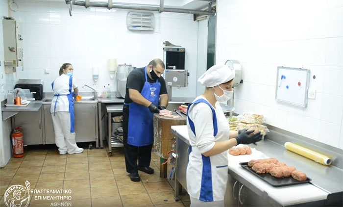 Αναγκαία η πιστή τήρηση των μέτρων για τον κορωνοϊό στη βιομηχανία τροφίμων