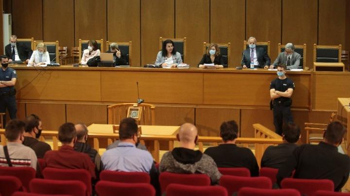 Βαριές ποινές, άνω των 500 ετών συνολικά, επέβαλε το δικαστήριο στην ηγεσία της Χρυσής Αυγής και στους αυτουργούς εγκληματικών ενεργειών
